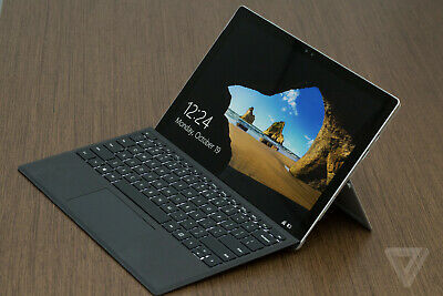 Microsoft Surface Pro 4 i7, 256GB, 16gb and type cover. Docking station. Bundle