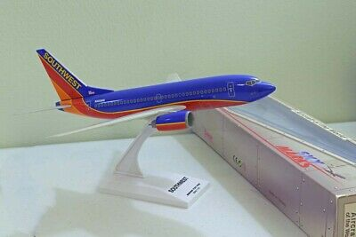 1:130 Southwest Airlines B737-700 Aircraft of the World Sky Marks SkyMarks