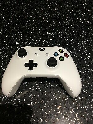 Official Genuine Microsoft Xbox One White 3.5mm Jack Wireless Controller