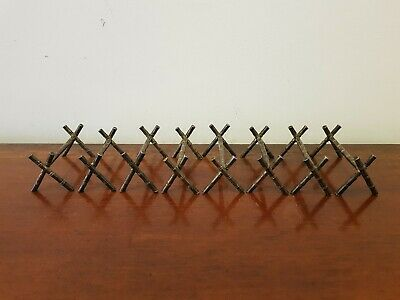 A Vintage Aesthetic Movement Style EPNS/Silver Plate Set 8 Knife/Cutlery Rests