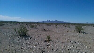 lot in Vidal California, colorado River area. Camping Residential lot.