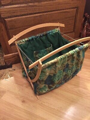 VTG Wood Folding Frame Floral Fabric Knitting Crochet Tote Stand Bag Handle