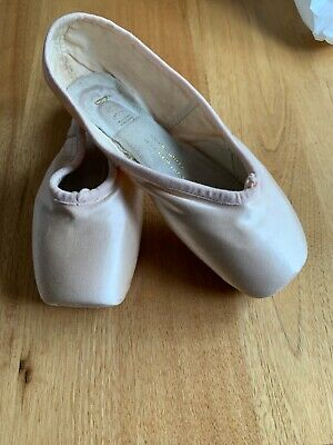 Bloch pointe shoes Rowe signature rehearsal