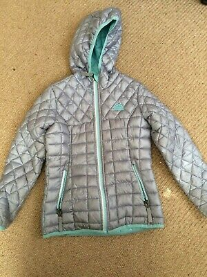 Girls winter coat from USA, Snozu 7-8 yrs, good condition, zip pockets, silver