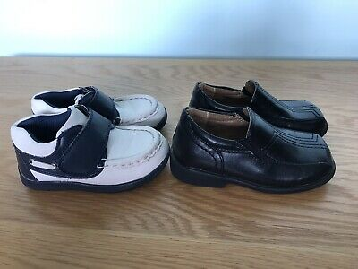 Two Pairs Of Size Uk 6 Infants Shoes: Black Duck & Dodge & Mothercare Booties