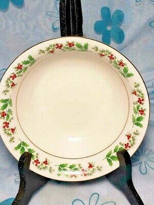 """Gibson Holiday Gold Trim CHRISTMAS CHARM Holly Berry 6.5"""" Cereal Soup Bowl"""