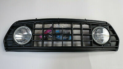 NOS Classic Rover Mini Grille with extra lights, including connection-kit