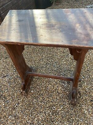 ANTIQUE LECTERN BOOK STAND FREESTANDING GOTHIIC CHURCH LECTERN No Reserve