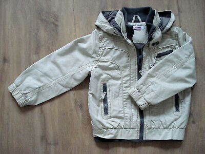 Boys jacket in excellent condition - Size 3-4 years