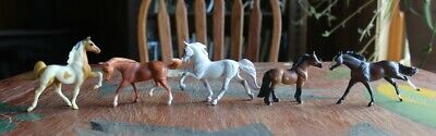 Lot of five Breyer Stablemate Horses for CM body, shelf or play