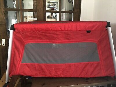 Phil & Teds Traveller Travel Cot/Play Pen Extra Lightweight & Folds Up Small