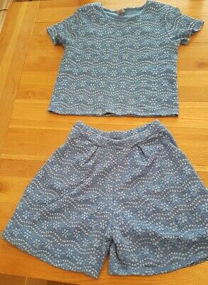 Girls blue and silver flower pattern 2 piece shorts and tshirt age 10 TU