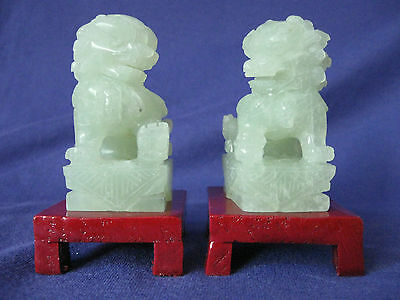 New Jade Carving One Pair Sitting Foo Dog Lion With Wood Stand L5