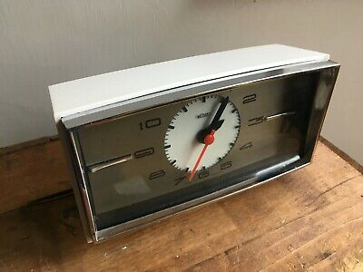 Vintage Metamec Small  Retro Mantle Clock Battery Converted