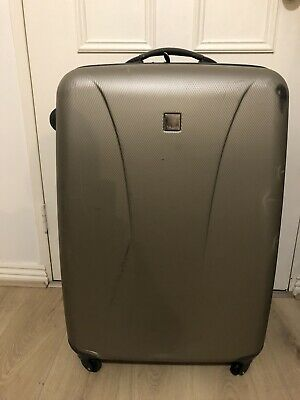 Tripp 70cm Hard Shell Suitcase With 4 Wheels - Lightweight - Good Conditions