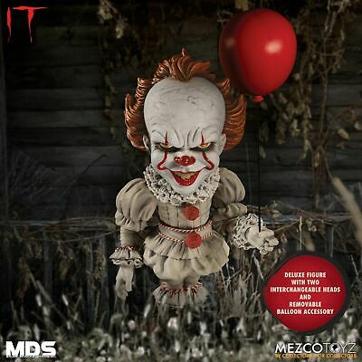 Mezco Toyz Deluxe IT Pennywise Clown Horror Movie Scary Doll Toy Figurine 43020