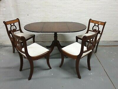 Traditional Antique Style Single Pedestal Mahogany Dining Table & Chairs