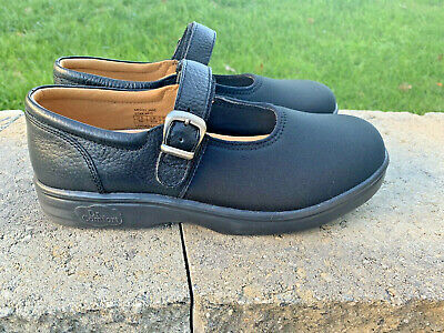 Dr Comfort Merry Jane Mary Janes Diabetic shoes Size 7W Pebbled Leather Lycra