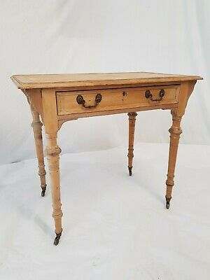 A Beautiful Antique Victorian Pine Kitchen Dining Table on Castors / Desk