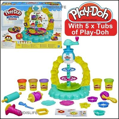 PlayDoh Play Doh Kitchen Creations Sprinkle Cookie Surprise With Cake Stand NEW