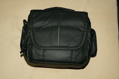 Sandstrom DSLR Camera Bag in Black Very Good Condition