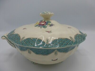 Royal Doulton Round Covered Vegetable Lowestoft Bouquet