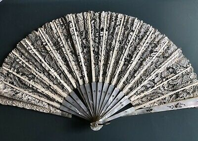Antique Mother Of Pearl Lace Hand Fan Damaged