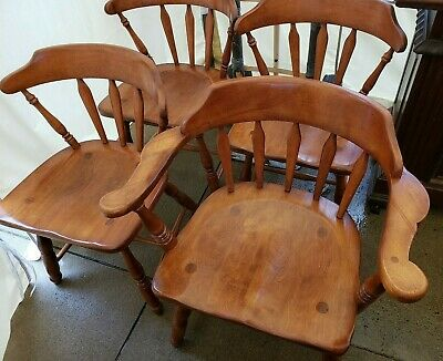 Cushman Colonial Wooden Chairs - set of 4 (1 arm)