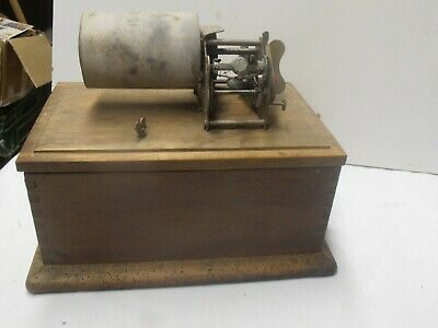 ancien phonographe a cylindre