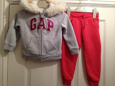 Girls Gap Jogger Outfit Aged 2-3 Years