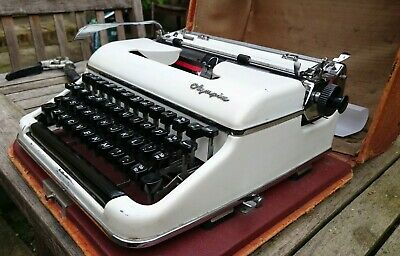 VINTAGE 1950s WEST GERMAN OLYMPIA SM PORTABLE TYPEWRITER - RARE LEATHER CASE