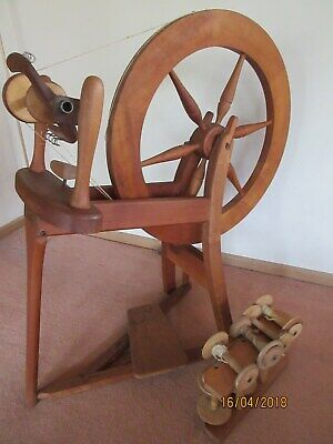 spinning wheel Sheridan model by Macarther