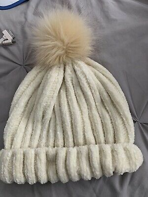 Girls One Direction 1D Chunky Knit Winter Warm Bobble Hat  7//10  11//12 yrs