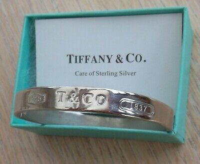 Tiffany & Co Sterling Silver 1837 Oval Bracelet Bangle. unboxed