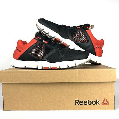 Reebok Mens Yourflex Train 10 MT Size 8 Red Black White With Box