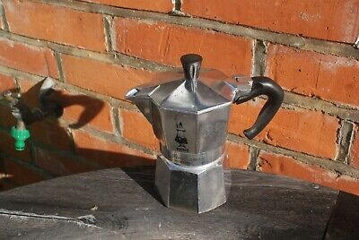 Small Italian Stove Top Pot Coffee Maker Moka Express Bialetti