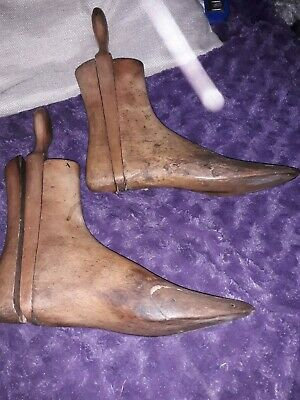 A Pair Vintage Industrial Wooden Cobblers Shoe/ Boot Lasts Trees L x R 6  2