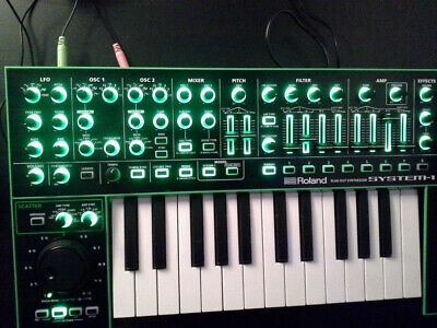 Roland System1 plug out Synthesizer,  impecable . en perfecto estado