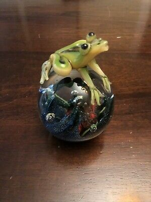 Special Rare Frog Glass Paperweight Tadpoles bubble Large Heavy