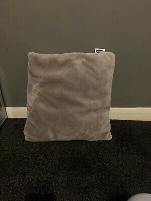 Silentnight Large Lilac Cushion Ideal For Bedroom 19 Inches Square VGC