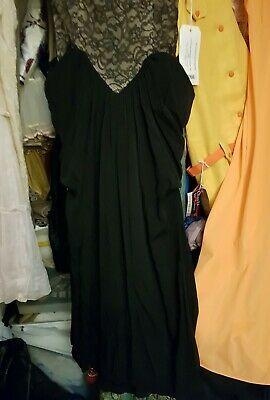 vintage Crepe  & lace black  Hollywood  gown