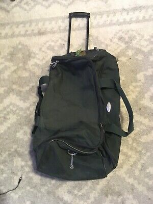 """Used Forest Green Ricardo Beverly Hills Rolling Duffle Bag Luggage 14""""x 14"""" X25"""""""