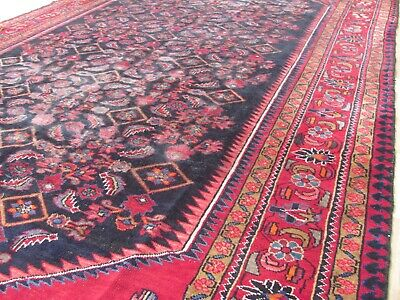 A REMARKABLE OLD HANDMADE TRADITIONAL ORIENTAL  RUG (340 x 210 cm)