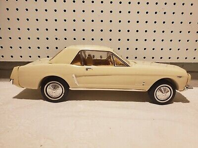 1964 Ford Mustang Jim Beam Decanter Muscle Classic Car