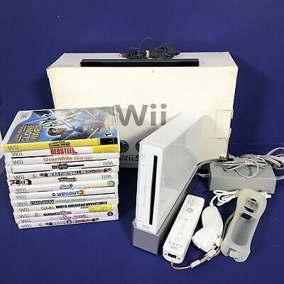 Nintendo Wii White Console In Box With 13 games 1 Controller, TESTED