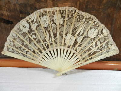 Victorian Hand Fan Carved Bovine Bone And Lace 19Th