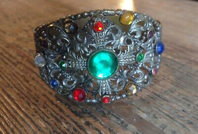 Antique / Vintage Czech Bracelet Lovely Detail Glass Stones