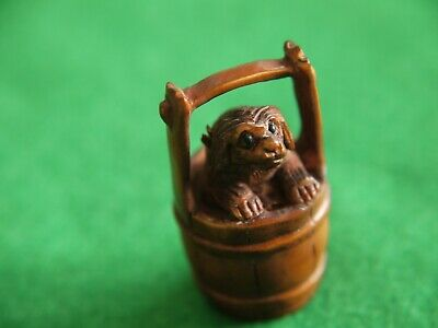 Super Qlty Antique Signed Wooden Carved Japanese Netsuke Dog In Bucket Ornament