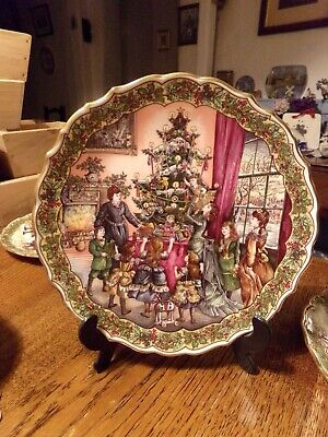 """Spode """"Victorian Christmas Series""""  """"Decorating the Tree """"  unboxed"""