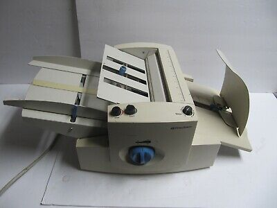 Pitney Bowes Paper Folding Machine - FD30 - Mail Folder - READ
